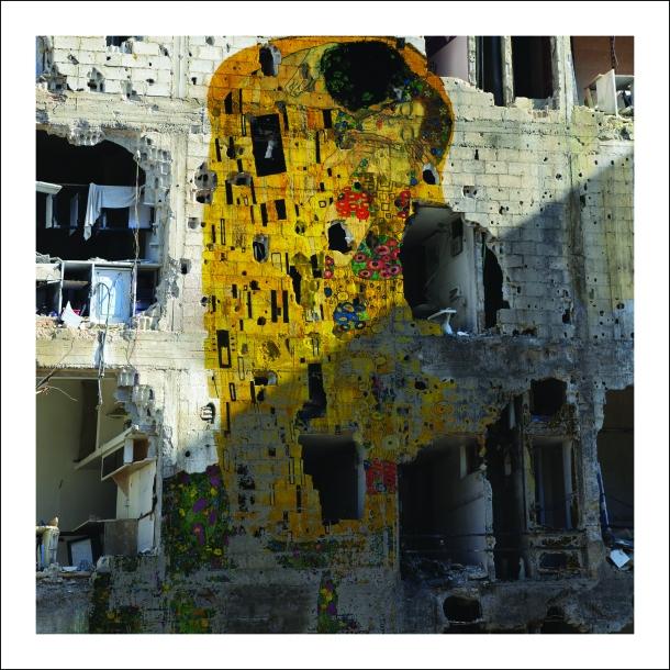 Tammam_Azzam_Syrian_Museum___Gustav_Klimts_The_Kiss_Freedom_Graffiti_